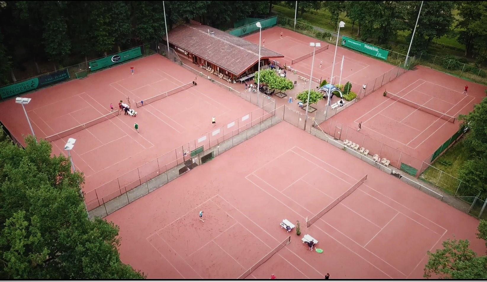 Kom tennissen op het mooiste tennispark van Haaksbergen!